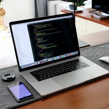 Webデザイナーに必要なノートパソコンのスペック