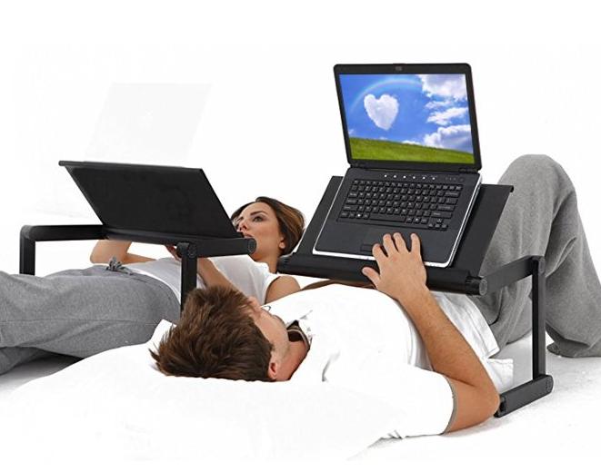 寝ながらパソコン