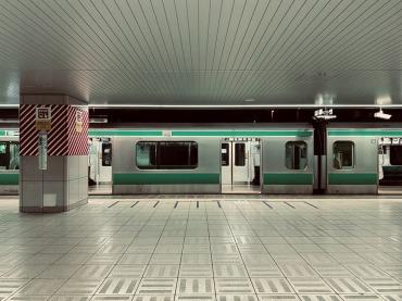 電車でのPCは禁止