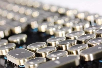 デザイン性の高いおしゃれなキーボード