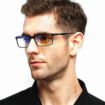 メンズのおしゃれなブルーライトカットメガネ
