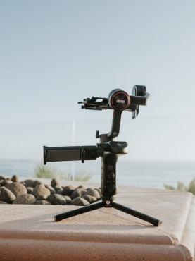 Webカメラで使う三脚の選び方