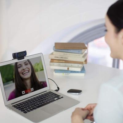 C920n Webカメラの設置方法